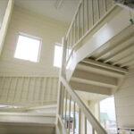 階段室1Fより