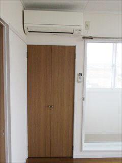洋室6畳収納 AC(内装)